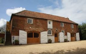Dog friendly cottages in Martin | Stables Lincoln holidays with pets